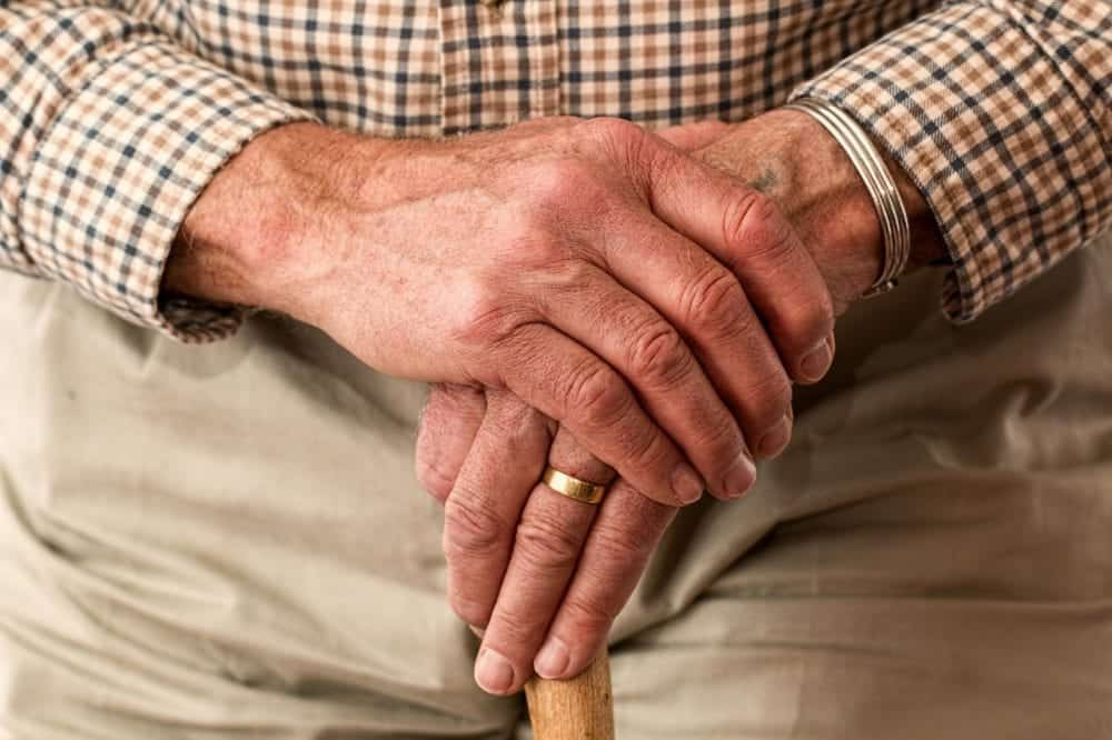hands of an elderly man