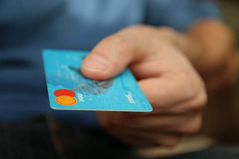 how to repaid credit score